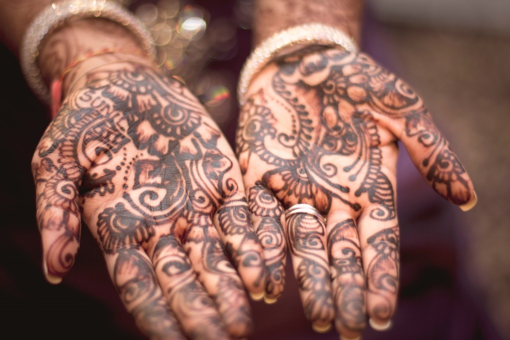 Henna se používala i na barvení nehtů.